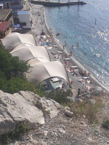 Симеиз пляж у скалы Дива